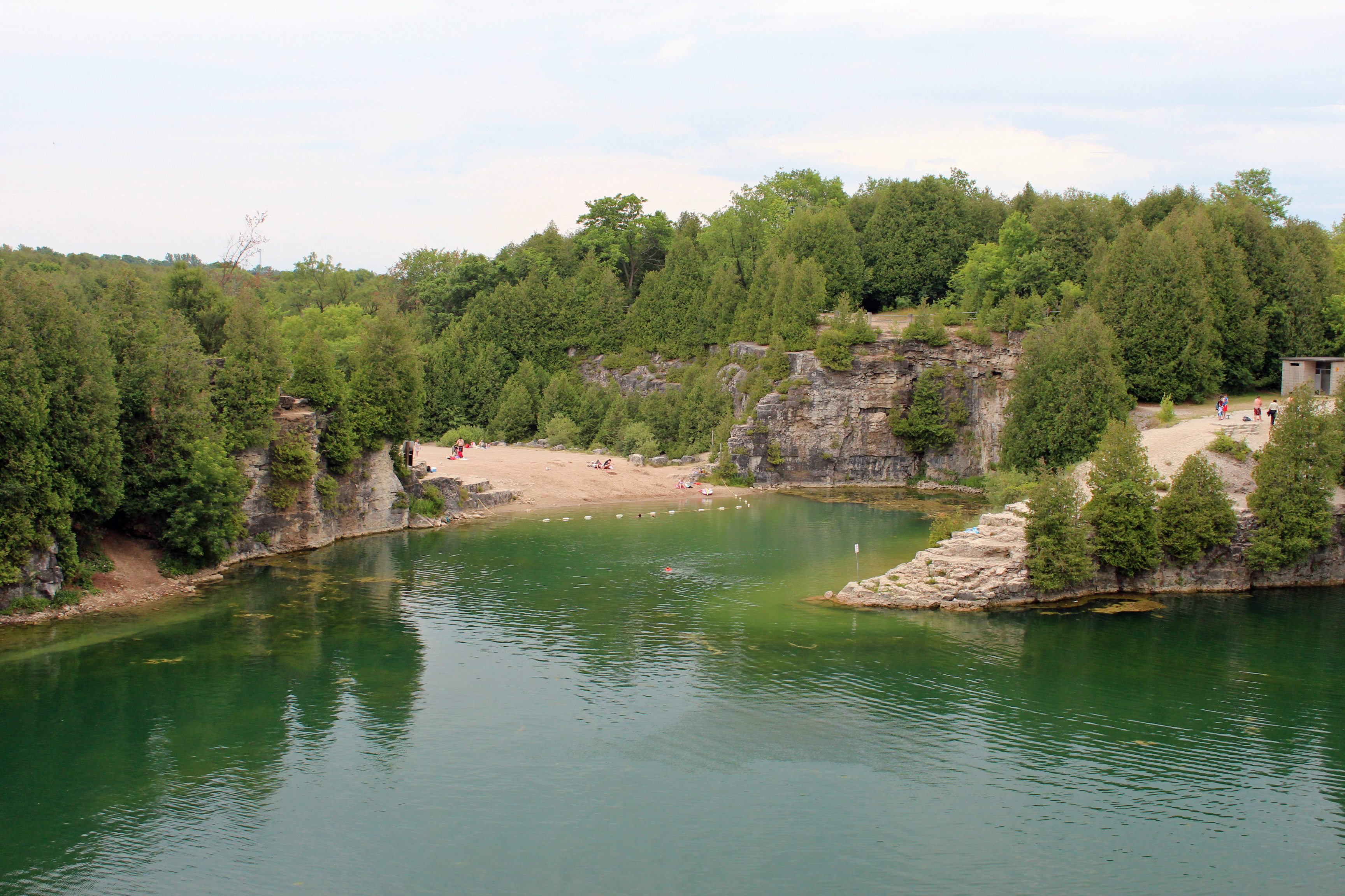 Elora (ON) Canada  city photo : Pictures of Elora, Ontario, Canada Along The Grand River