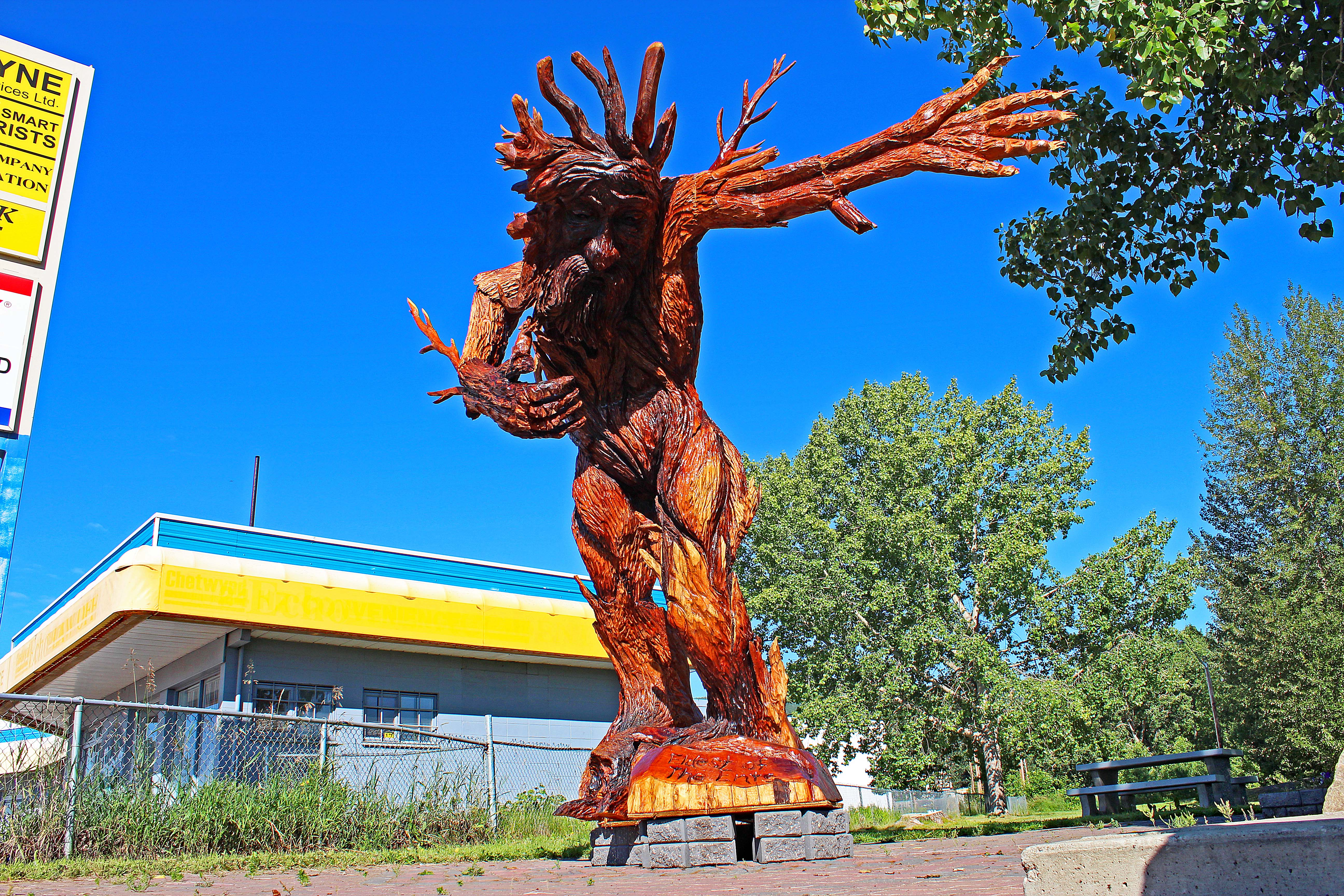 Chetwynd b c home of the amazing chainsaw carvings