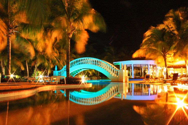 iberostar ensenachos pool night image